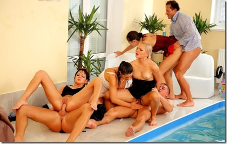 group-sex-pool-side